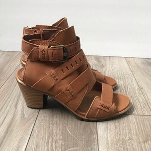 NWT Sorel Nadia Buckle Bootie Sandal size 7 NEW